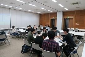座談会様子.jpg