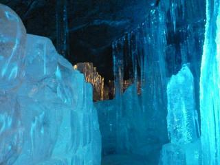 氷穴.jpg